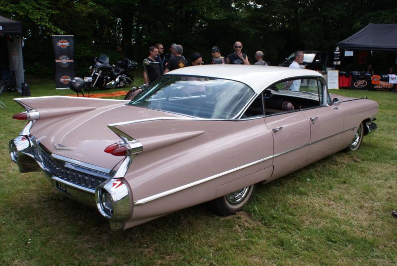 Défi peinture: Cadillac 59'   Monogram 1/25 Dsc01511