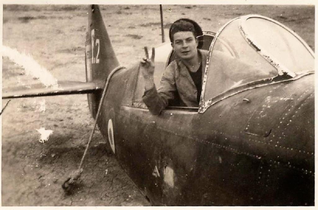 [ Les Musées en rapport avec la Marine ] Musée de l'Aeronautique Navale de Rochefort - Page 14 1945_e10