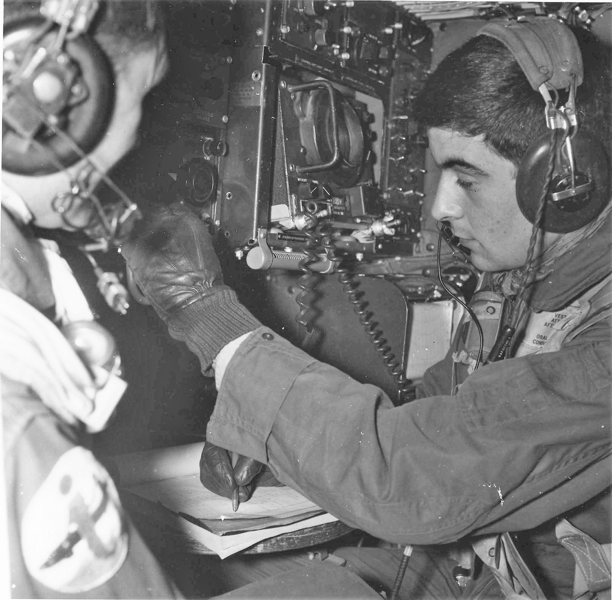 [ Aéronavale divers ] Radios volants, Radbo, Elbor, etc... - Page 2 4438_r10