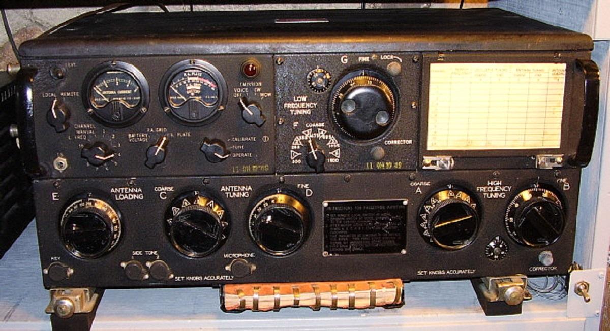 LA SPÉCIALITÉ DE RADIO - Page 7 _art-110