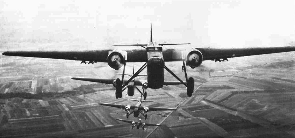 [ Aéronavale divers ] Quel est cet aéronef ? - Page 40 Banshe10