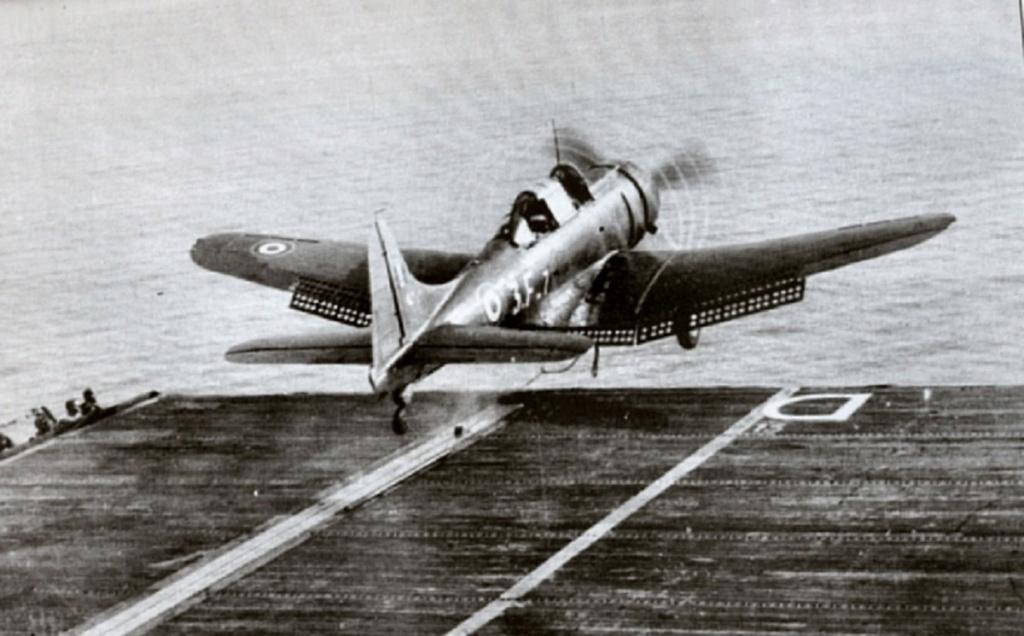 [Les anciens avions de l'aéro] Douglas SBD-5 Dauntless Dixmud11
