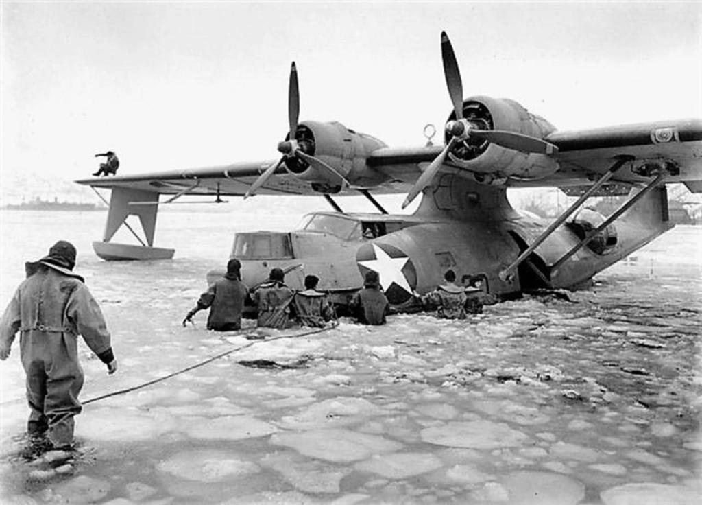 [Les anciens avions de l'aéro] Catalina - Page 16 Flying10