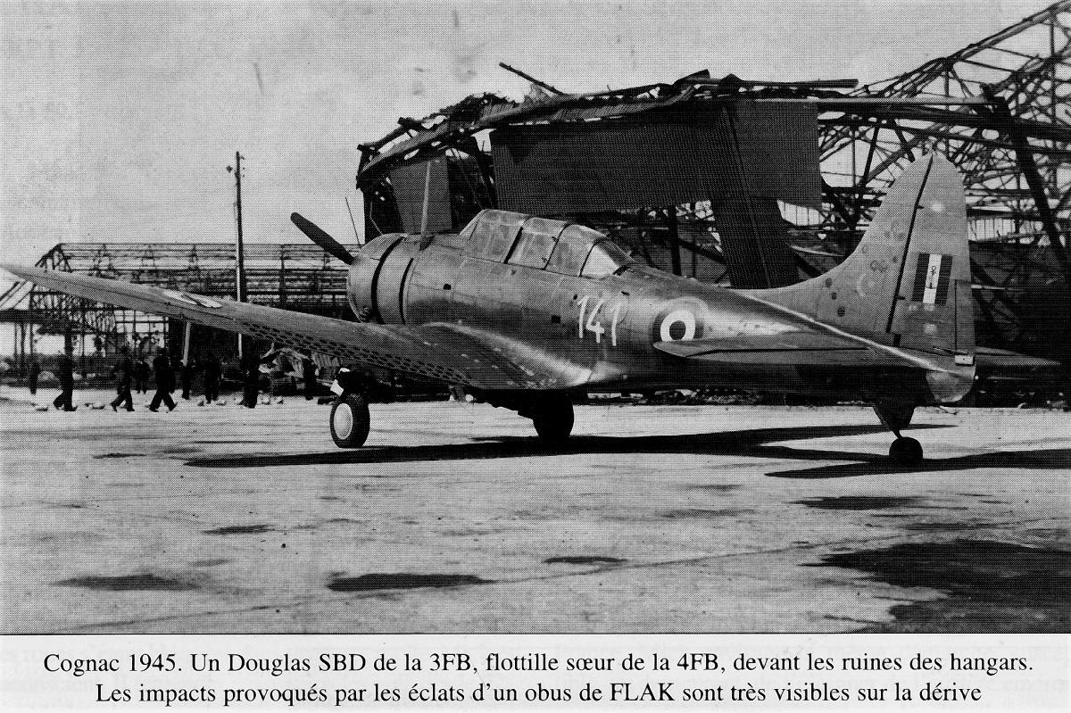 [Les anciens avions de l'aéro] Douglas SBD-5 Dauntless Img00411
