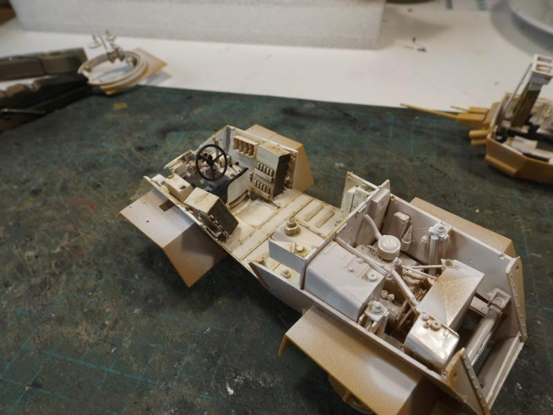 [laurent] Humber Armoured Car MkIII 1/35 [bronco models] - Page 2 K8001274