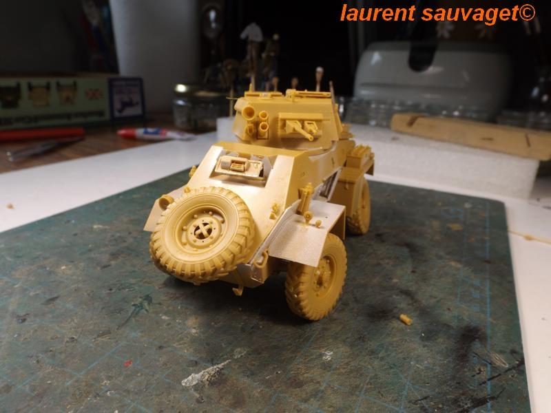[laurent] Humber Armoured Car MkIII 1/35 [bronco models] - Page 2 K8001282