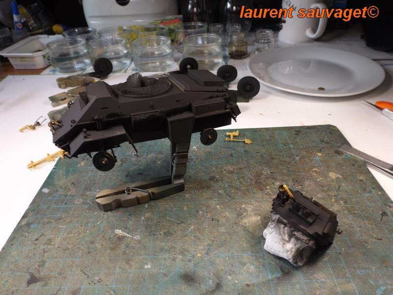 [laurent] Humber Armoured Car MkIII 1/35 [bronco models] - Page 2 K8001284