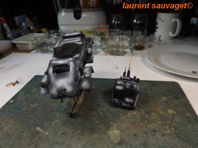 [laurent] Humber Armoured Car MkIII 1/35 [bronco models] - Page 2 K8001285