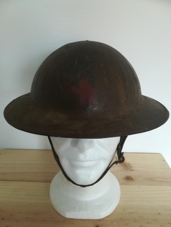 casque anglais ww1 insigne ?  Img_2349