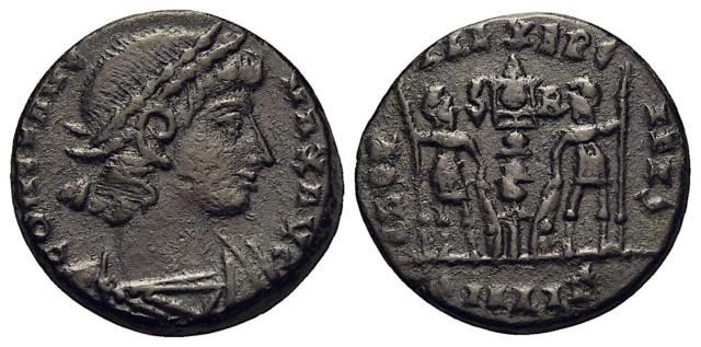Nummus Constantinienne ? ou frappe Barbare ?  Consta10