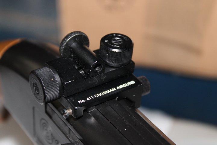 Et encore une: carabine Crosman 766 311