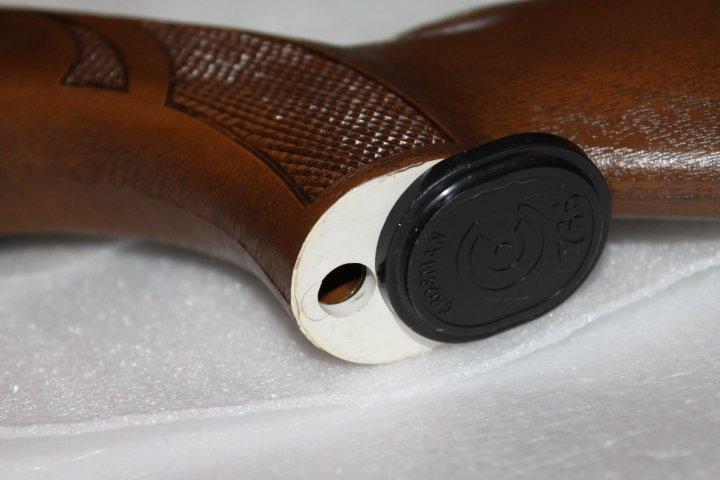 Et encore une: carabine Crosman 766 810