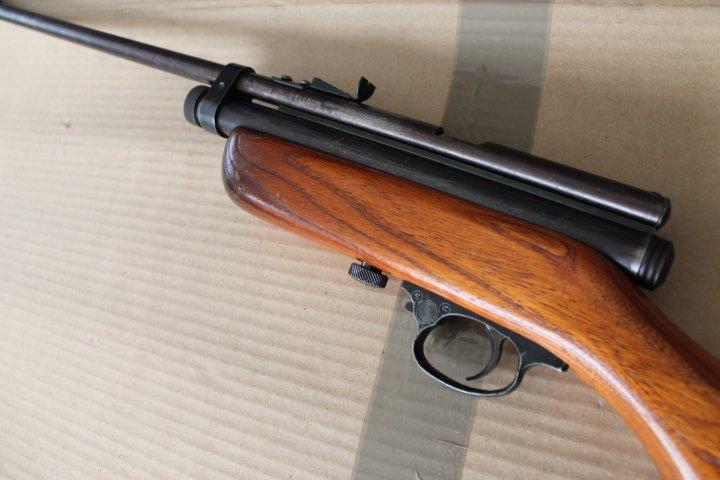Projet complété: Carabine Crosman 187 Left_s10