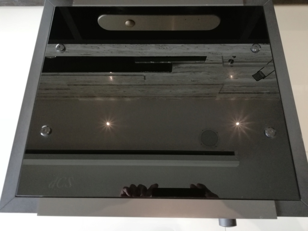 Goldmund Meta Research Laser 2 CD transport, DCS Delius D/A converter & DCS Purcell D/D converter Img_2038