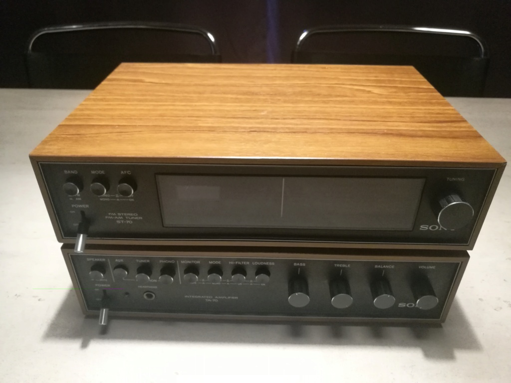 Sony ST-70 FM-AM Stereo Tuner and TA-70 Integrated Amplifier Img_2042