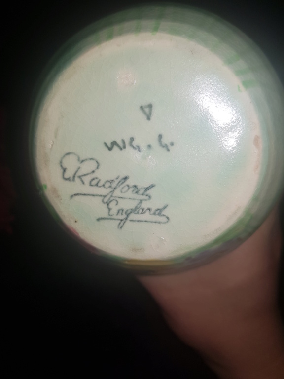 Radford Handcraft Pottery, Burslem. (E. Radford). 20191111