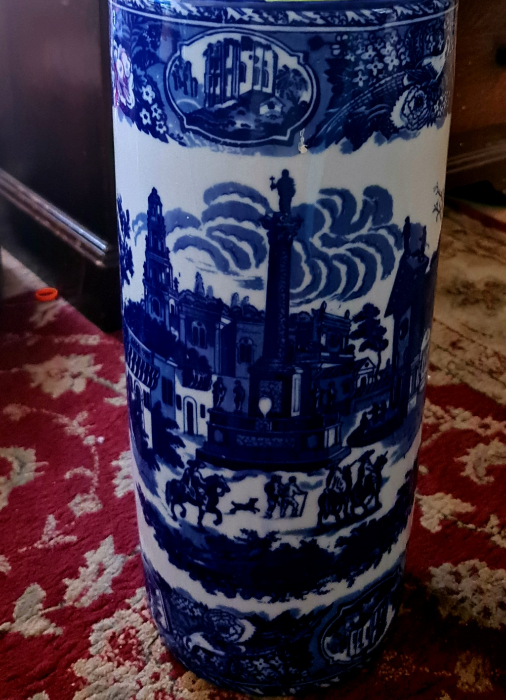 Blue & White Umberella Stand - modern Chinese copy of Staffordshire B&W 20210624