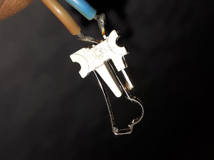 Cherche contacteur de robinet salle d'eau sur Eriba 580 I210