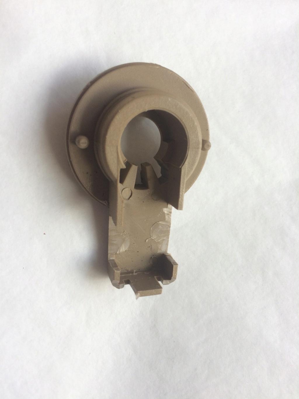 Cherche contacteur de robinet salle d'eau sur Eriba 580 Img_1910
