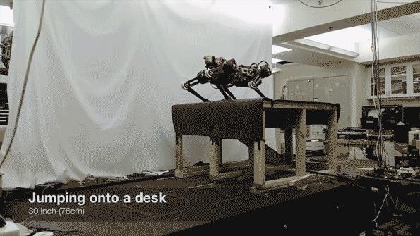 """Ακόμα και """"τυφλό"""", το ρομπότ Cheetah ανεβαίνει σκάλες με εμπόδια Cheeta10"""
