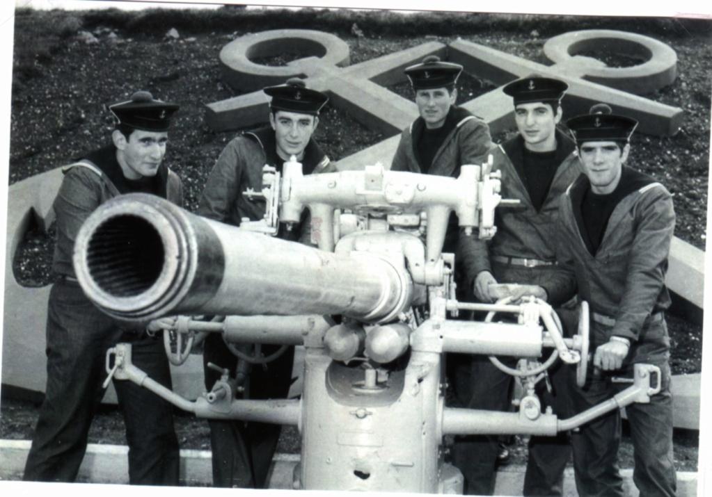 [ Recherches de camarades ] Recherche camarades du CFM Hourtin et du Sous-Marin Doris  année 1972 Img01510