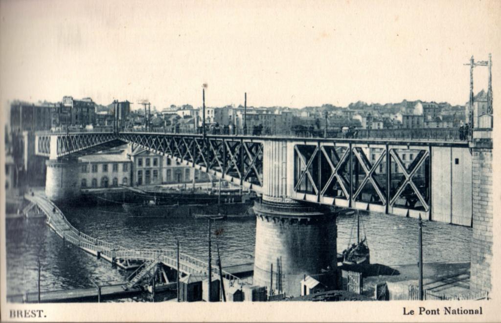 [Vie des ports] BREST Ports et rade - Volume 001 - Page 22 Img60710