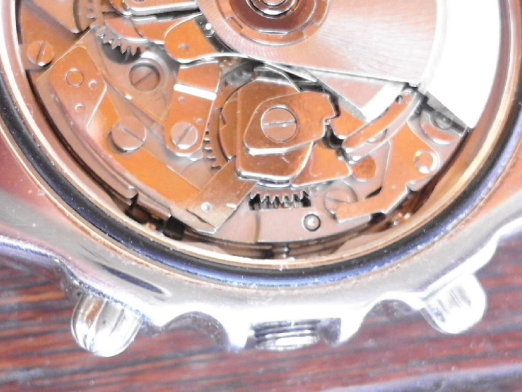 Breitling - comment fixer la couronne d' une Breitling Chronomat 20180612