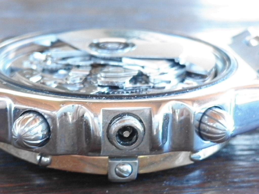 Breitling - comment fixer la couronne d' une Breitling Chronomat 20180613