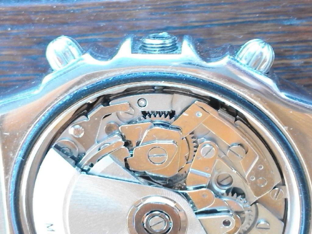 Breitling - comment fixer la couronne d' une Breitling Chronomat 20180614