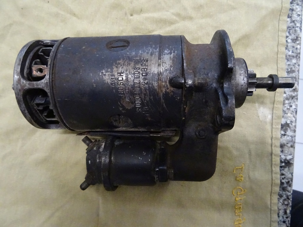 Démarreur 12 volts 1968 Dsc01118