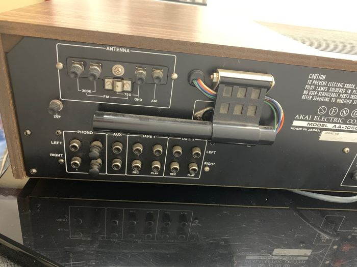 AKAI AA 1050    Receiver 2610