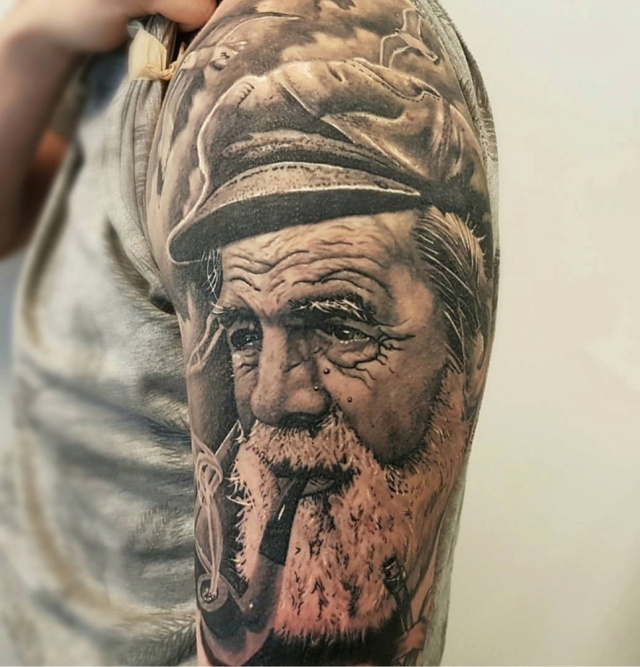 Tattoo compris - Page 2 20190258