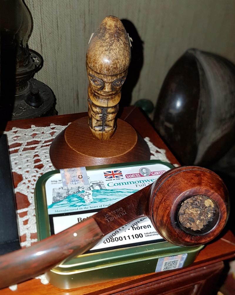 Le 22 mai – A la Saint Émile, brûlez des feuilles de tabac vieux, c'est fumée d'évangile ! Sg_com10