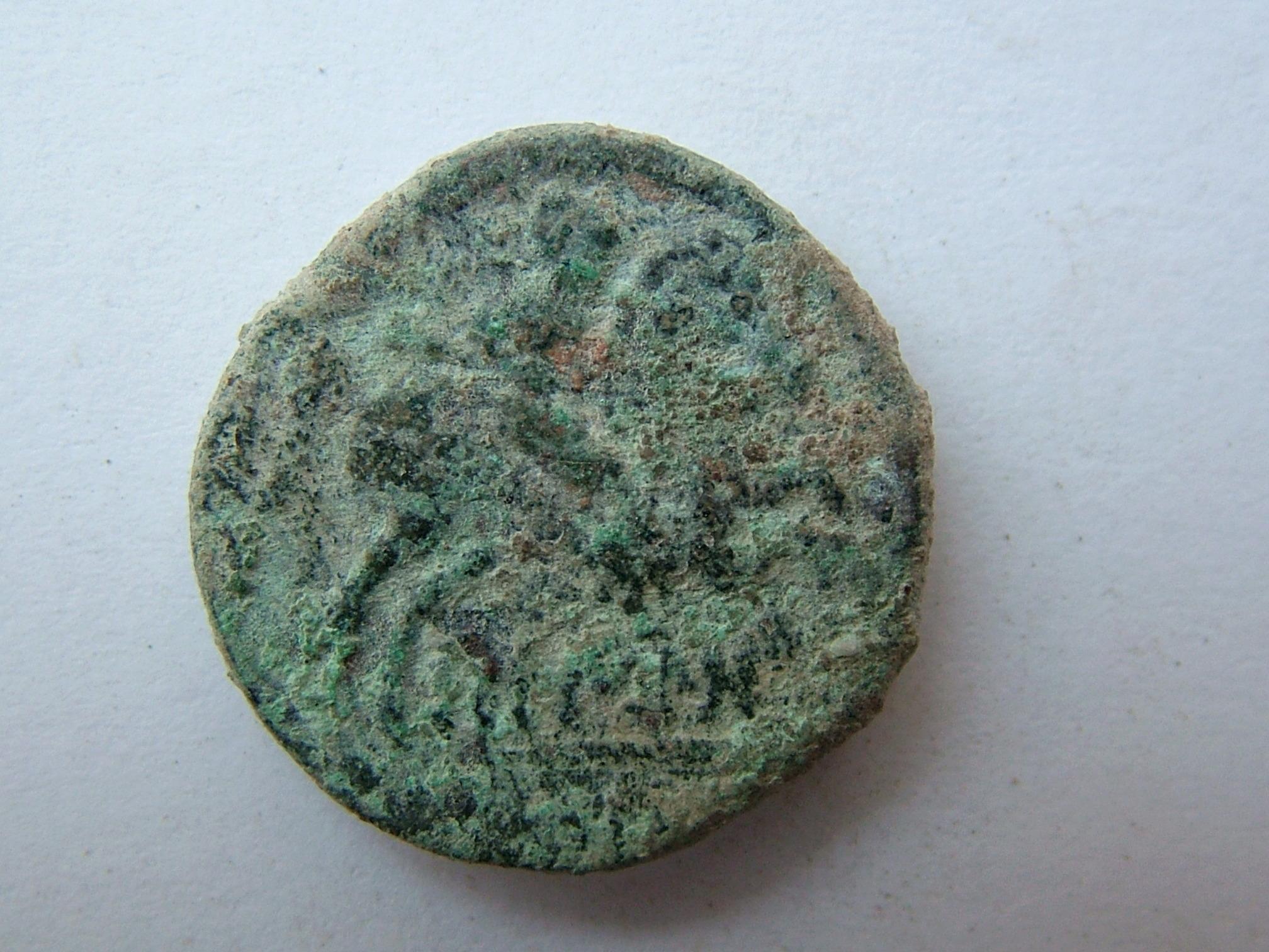 Imágenes a gran escala de pátinas y monedas falsas. Escalofriante (+18). 06_rev10