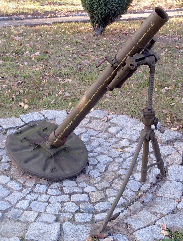 MORTIER RUSSE 82 BM 37 82mm_m10
