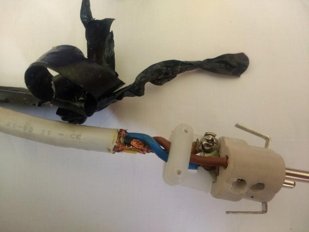 Wires 4 Music - Servicio de reparación Antes610