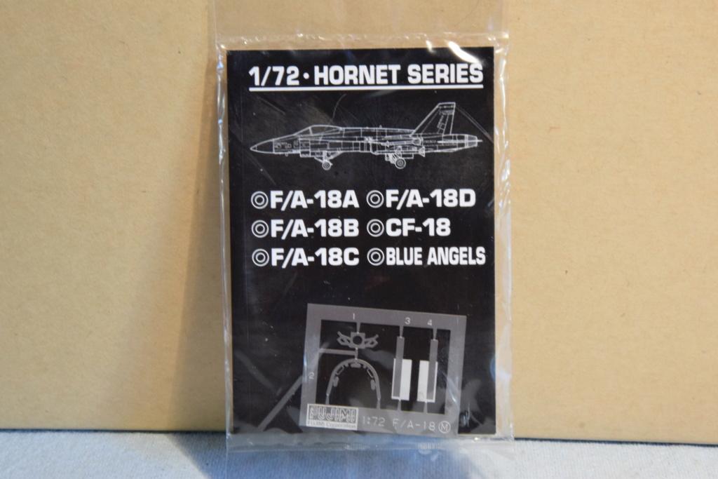 "F/A-18A ""Hornet"" - Fujimi - 1/72 01210"