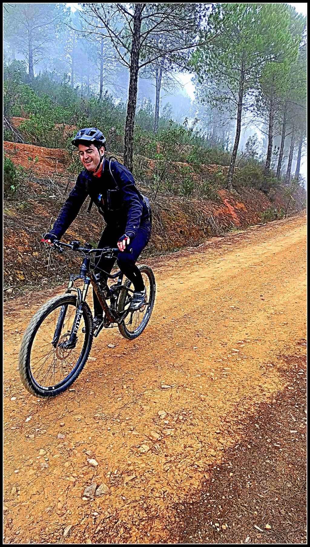 SABADO 08/02/2020 Valverde del Camino - DOLMENES - Pozuelo- Valverde (46 Km y 700m.) Img_2013
