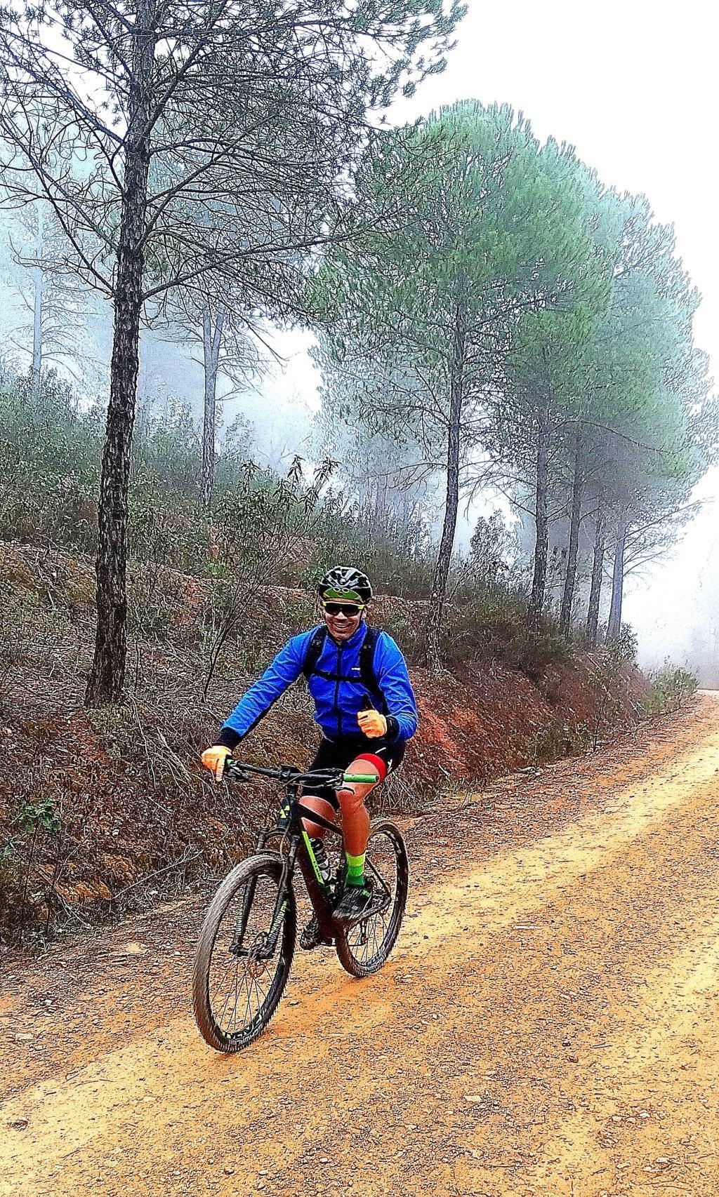 SABADO 08/02/2020 Valverde del Camino - DOLMENES - Pozuelo- Valverde (46 Km y 700m.) Img_2014