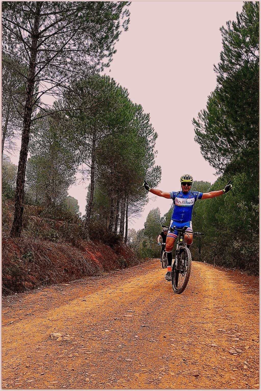 SABADO 08/02/2020 Valverde del Camino - DOLMENES - Pozuelo- Valverde (46 Km y 700m.) Img_2016