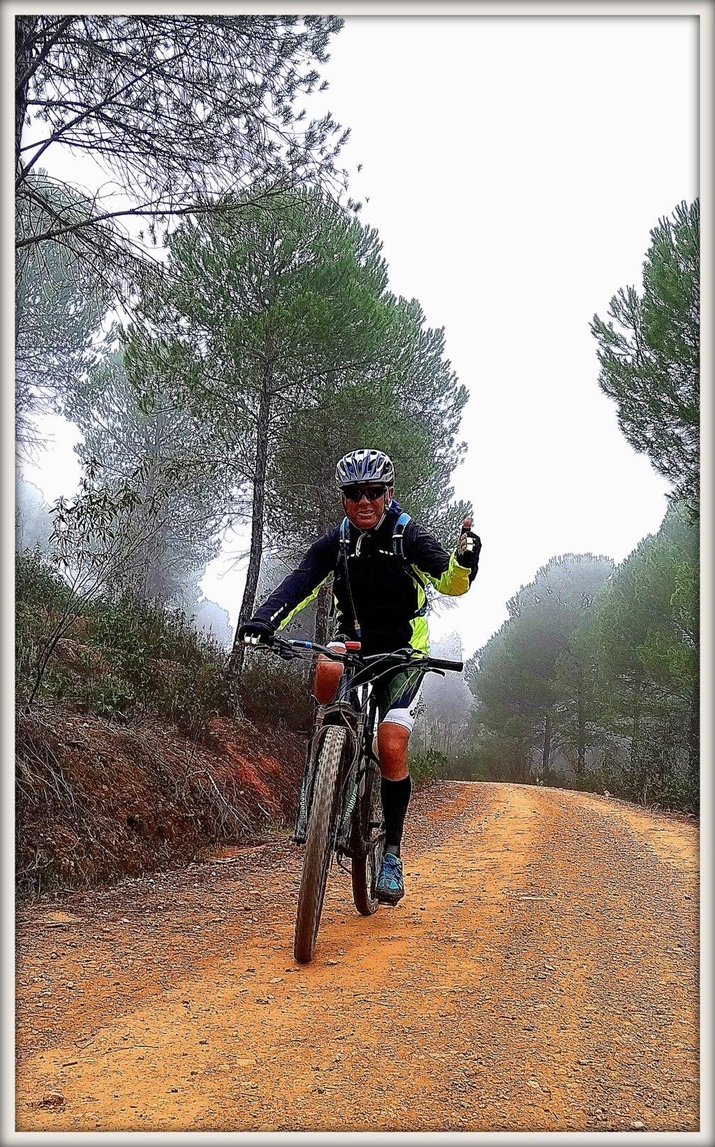 SABADO 08/02/2020 Valverde del Camino - DOLMENES - Pozuelo- Valverde (46 Km y 700m.) Img_2017
