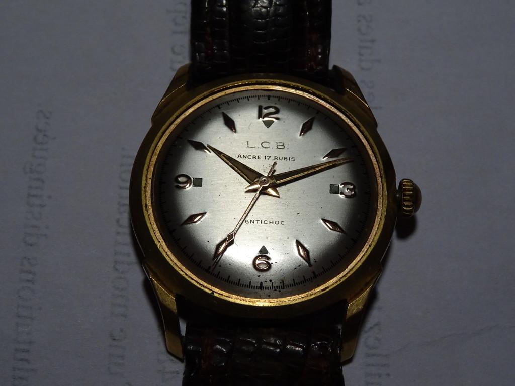 Jaeger -  [Postez ICI les demandes d'IDENTIFICATION et RENSEIGNEMENTS de vos montres] Dsc01410