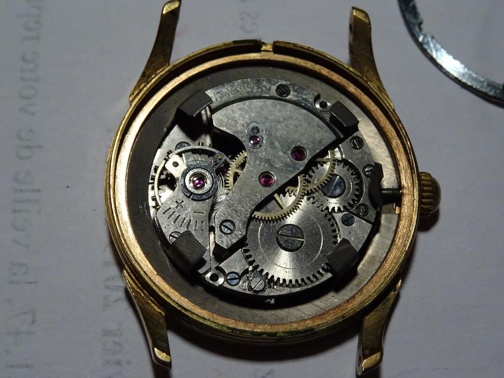 Mido -  [Postez ICI les demandes d'IDENTIFICATION et RENSEIGNEMENTS de vos montres] - Page 2 Dsc01413