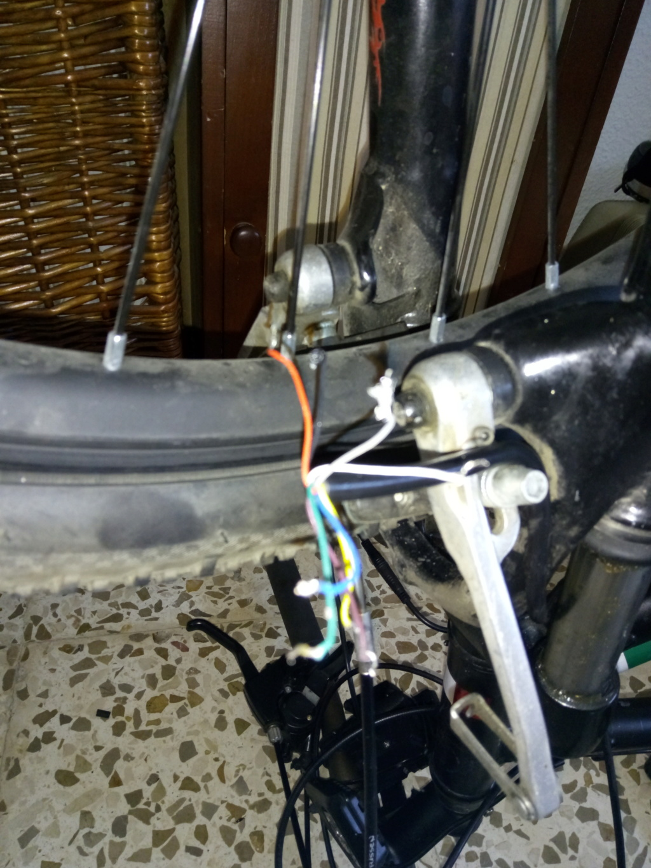 Desmontar motor Mxus 250 W para engrasar engranajes Img_2011