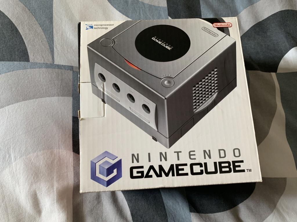 [Estim] Console Gamecube en boite et accessoires 9a34c010