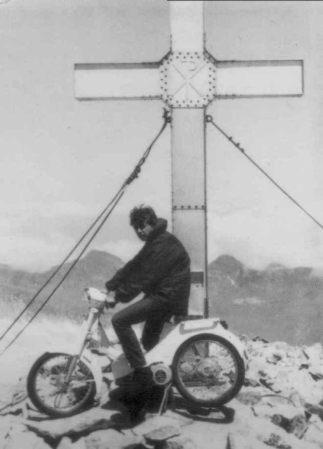 bultaco - Vespino contra Bultaco en el pico Aneto Vespin10