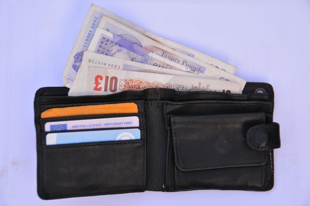 Защитные RFID-чехлы для банковских карт 9ffd0e10