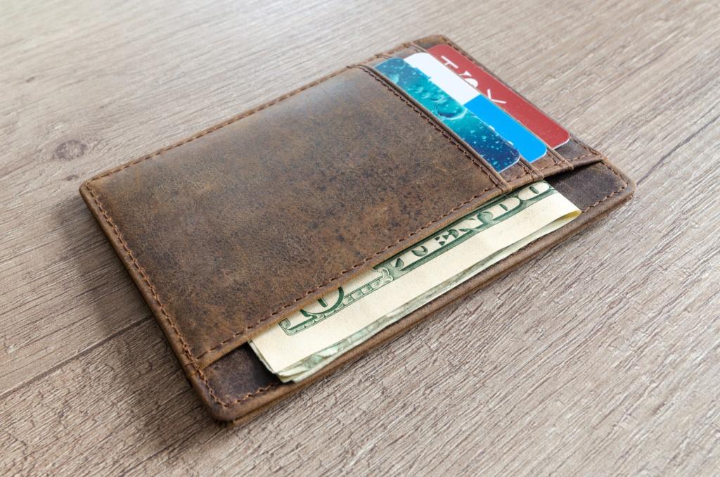 Защитные RFID-чехлы для банковских карт Ce193610