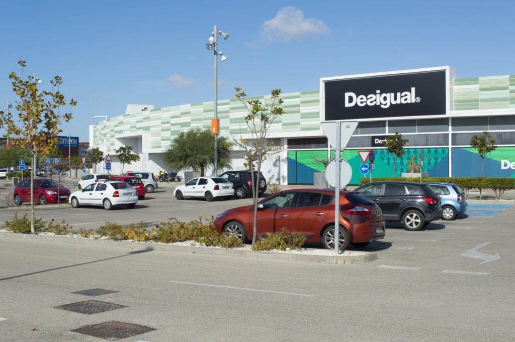 Популярные супер- и гипермаркеты Parkin10