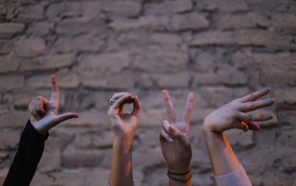 Вредные и полезные привычки People16